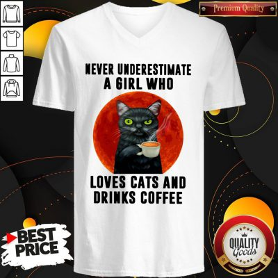 Hot Never Underestimate A Girl Who Loves Cats And Drinks Coffee Moon V-neck