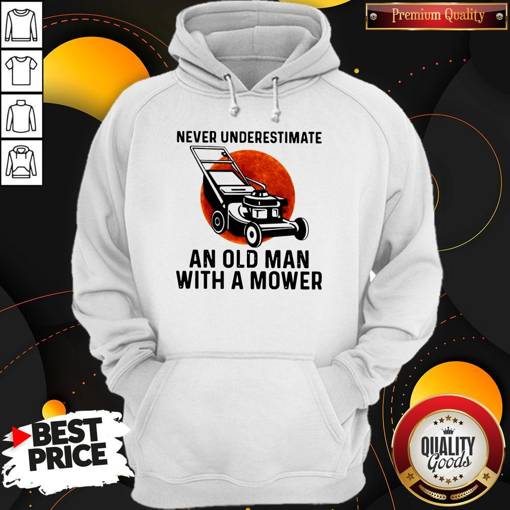 Top Never Underestimate An Old Man With A Mower Moon Hoodie