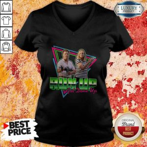 Good ST Louis Couple Guns Run Up Get Done Up V-neck