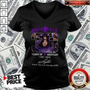 Official 33 Years Of Wrestling 1987 2020 The Undertaker Thank You For The Memories Signature V-neck