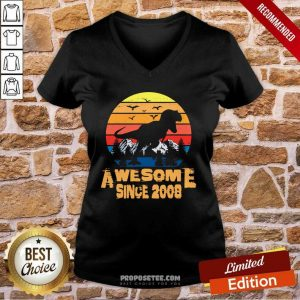 Vintage Awesome since 2008 13 Year Old 13th Birthday Gift For Dinosaur Boy V-neck